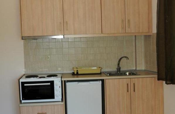 royal studio kitchen